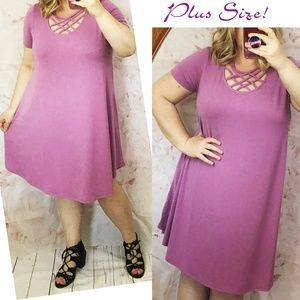 *Last One Lilac Caged neckline t-shirt swing Dress